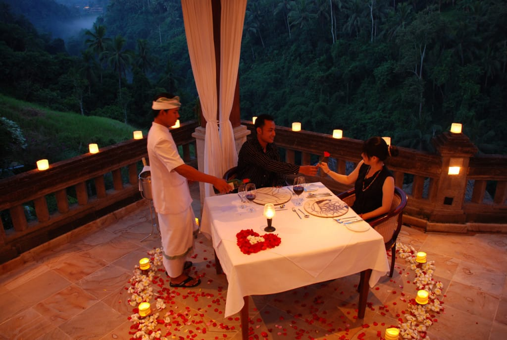 CasCades_Restaurant_-_Romantic_Candle_Light_Dinner.jpg