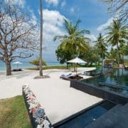 villa-lombok-plage